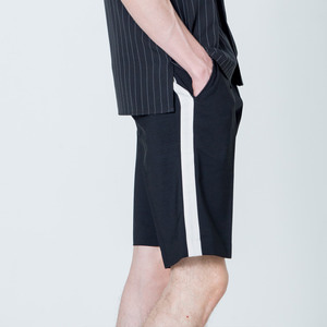 BANDING SIDE LINE HALF SLACKS - BLACK