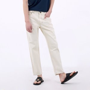 DEN cream straight crop jeans.